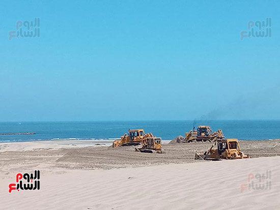 الرمال السوداء مشروع قومى على أرض كفر الشيخ (9)
