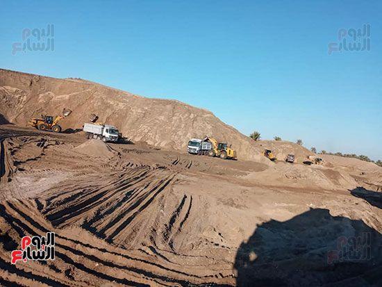 الرمال السوداء مشروع قومى على أرض كفر الشيخ (10)