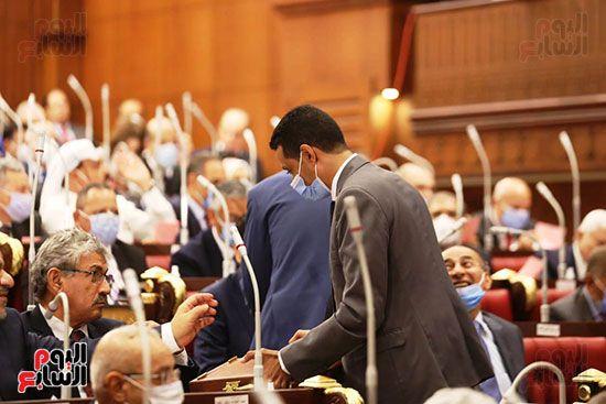 اجراءات-الجلسة-الأولى-للشيوخ