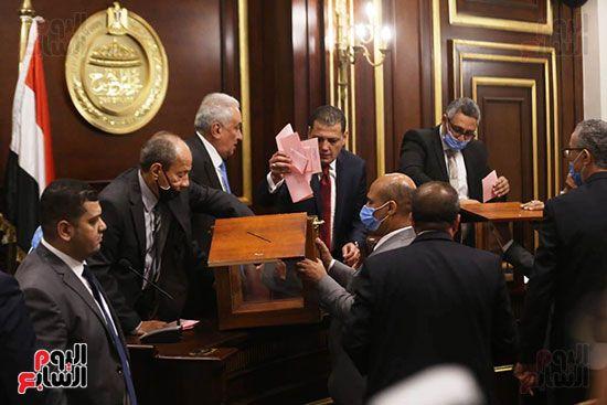 التصويت-بمجلس-الشيوخ