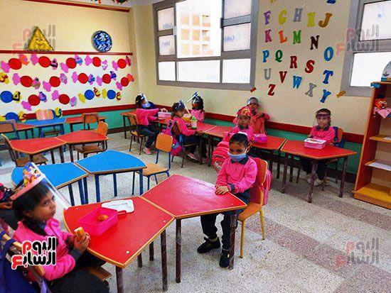 محافظ-الإسكندرية-يفتتح-مجمع-مدارس--(5)