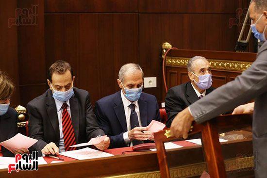 اجراءات-الجلسة-الأولى-في-مجلس-الشيوخ