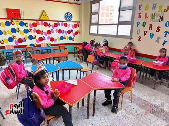 محافظ-الإسكندرية-يفتتح-مجمع-مدارس--(7)