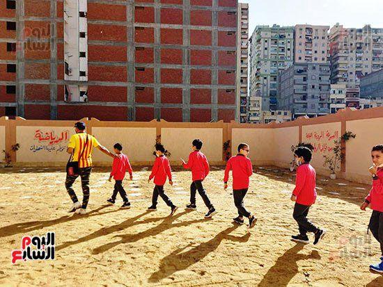 محافظ-الإسكندرية-يفتتح-مجمع-مدارس--(6)