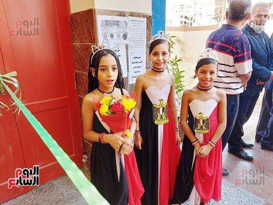 محافظ-الإسكندرية-يفتتح-مجمع-مدارس--(2)