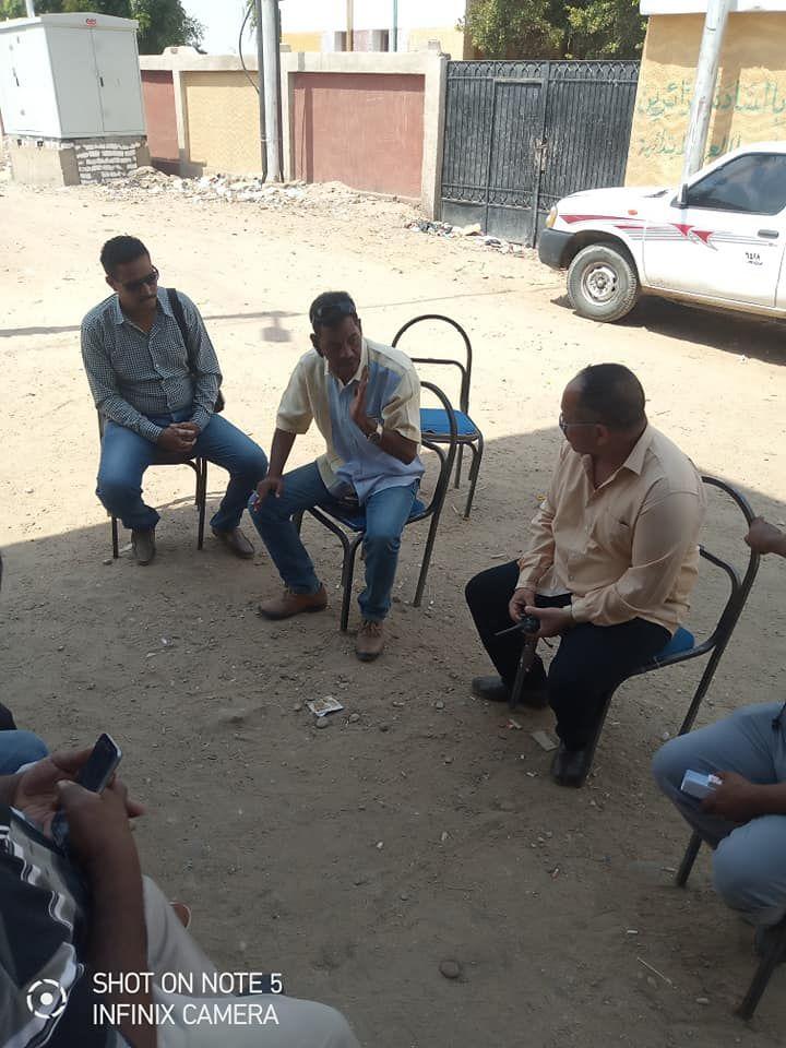 لجنة المتابعه بحافظة اسوان تتفقد قري مبادرة حياة كريمة بكوم امبو (13)