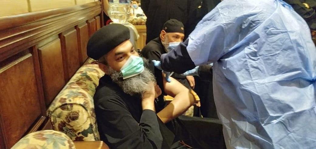 16790  مواطنًا يتلقون تطعيم لقاح كورونا فى القليوبية (2)