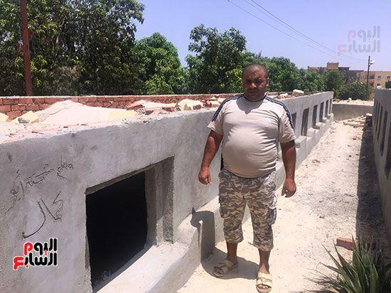 محمد الشرقاوى منقذ طفلة مقابر الإسماعيلية (2)
