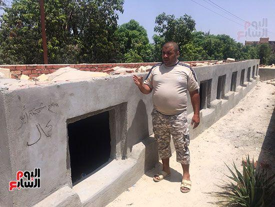 محمد الشرقاوى منقذ طفلة مقابر الإسماعيلية (3)