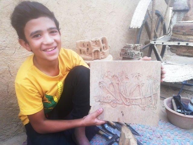 الطفل شريف مع احدث اعماله الفنية