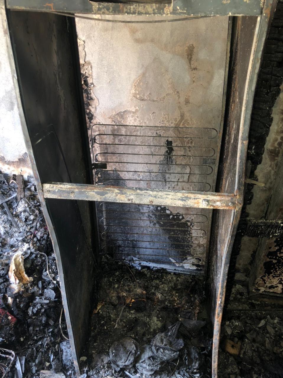 الحريق بسبب عيوب صناعة في الثلاجة