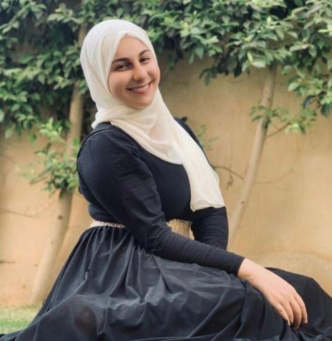 ياسمينا العلوانى (1)
