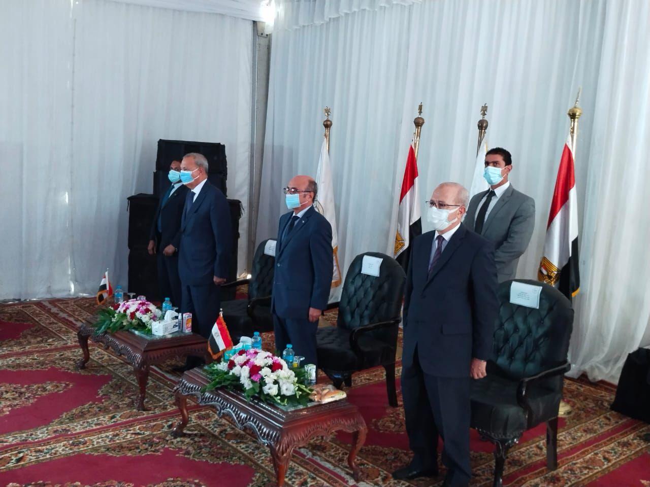 وزير العدل ومحافظ القليوبية خلال الافتتاح