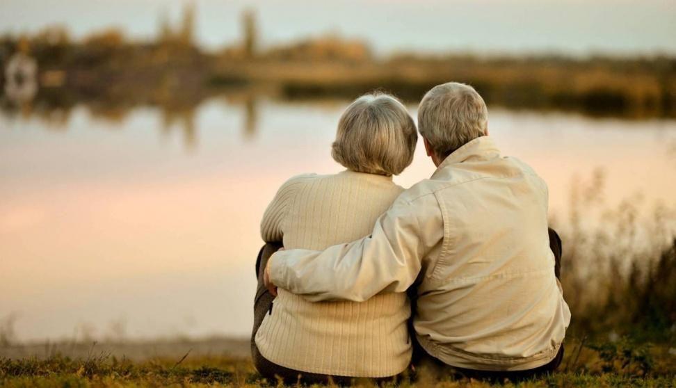 old-couple-backs-e1434254308470-369474-highres-1605176337