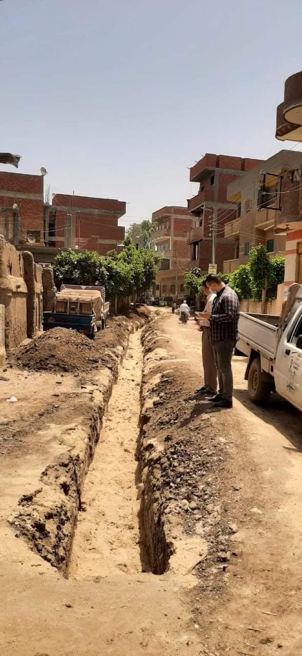 أعمال الصرف الصحى فى قرية شمياطس