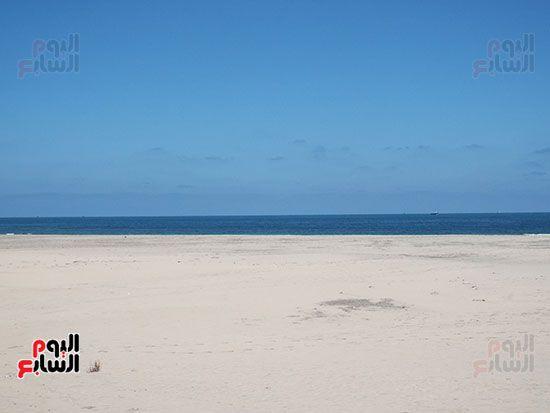شواطئ-بلطي-خالية-من-المواطنين