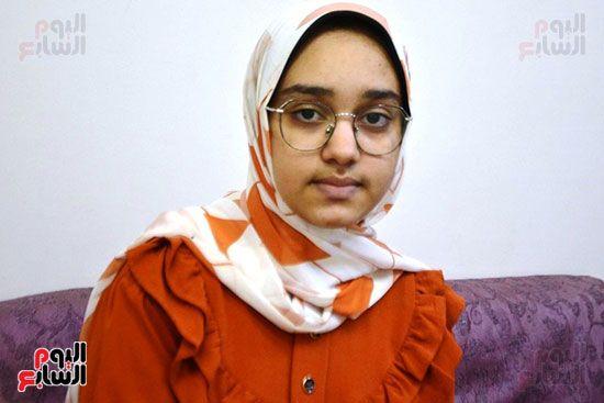 تسنيم-محمد-عبد-الودود-الأولى-على-الإعدادية-بالأقصر