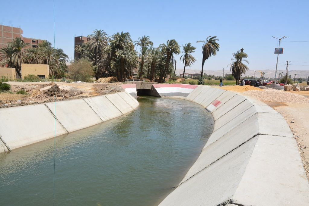 تبطين الترع بمحافظة سوهاج