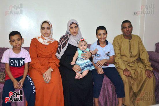 أسرة-الأولى-على-المحافظة-تحتفل-بتفوقها
