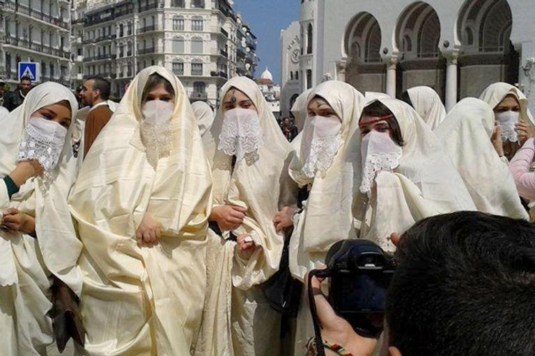 78-205841-algeria-marriage-dowry-spinsterhood-6